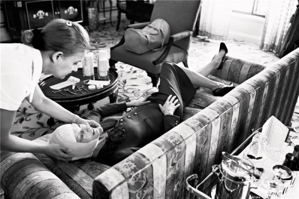 Vogue Italia July 2005 Makeover madness by Steven Meisel Linda Evangelista Edward Enninful Pat mcGratht