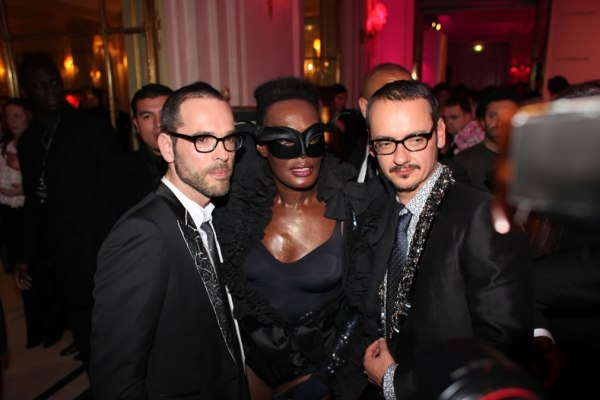 Grace Jones and Viktor and Rolf the cobrasnake pictures