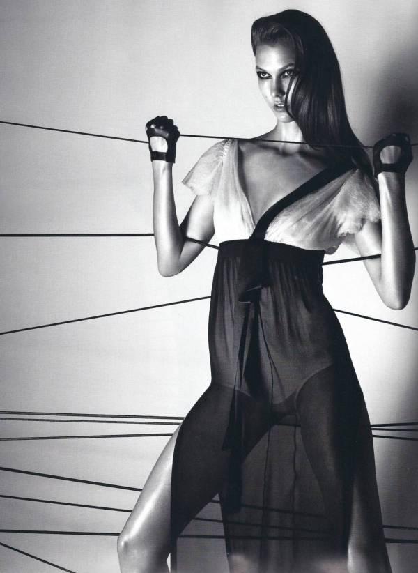 Karlie Kloss - Numéro #112, April 2010 Photographer Lachlan Bailey