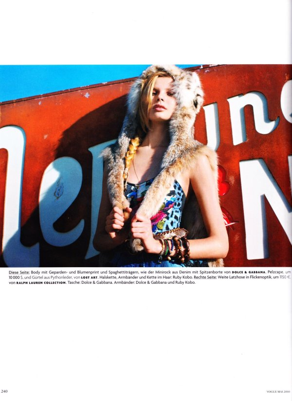 Feel Free Magdalena Frackowiak by Horst Diekgerdes Styled by Julia von Boehm Vogue Germany May 2010