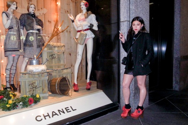 Jen Brill photographed by Terry Richardson chanel store chanel spring 2010 fashion clogs red shoes