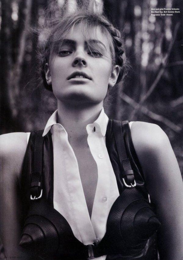 Constance Jablonski by Cédric Buchet  i-D magazine Summer 2010 model fashion photographer