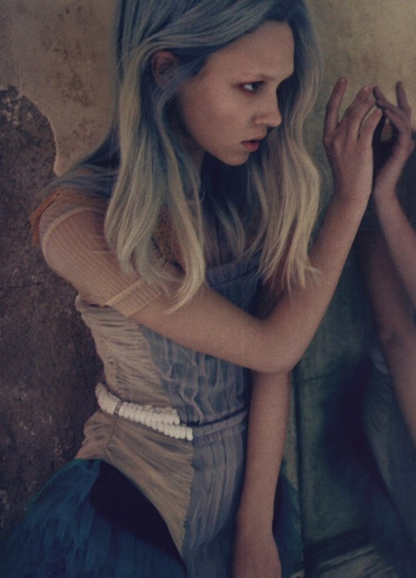 Marike Le Roux by Beau Grealy Flair Italy May 2010 fashion editorial model photographer pastel hair trends