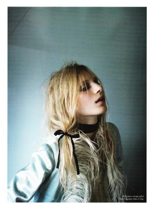 Julia Nobis by Derek Henderson Russh #34 June/July 2010 fashion editorial stevie dance stylist fashion editor
