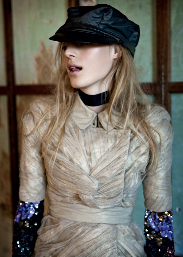 Julia Nobis by Derek Henderson Russh #34 June/July 2010 fashion editorial photographer stevie dance fashion editor