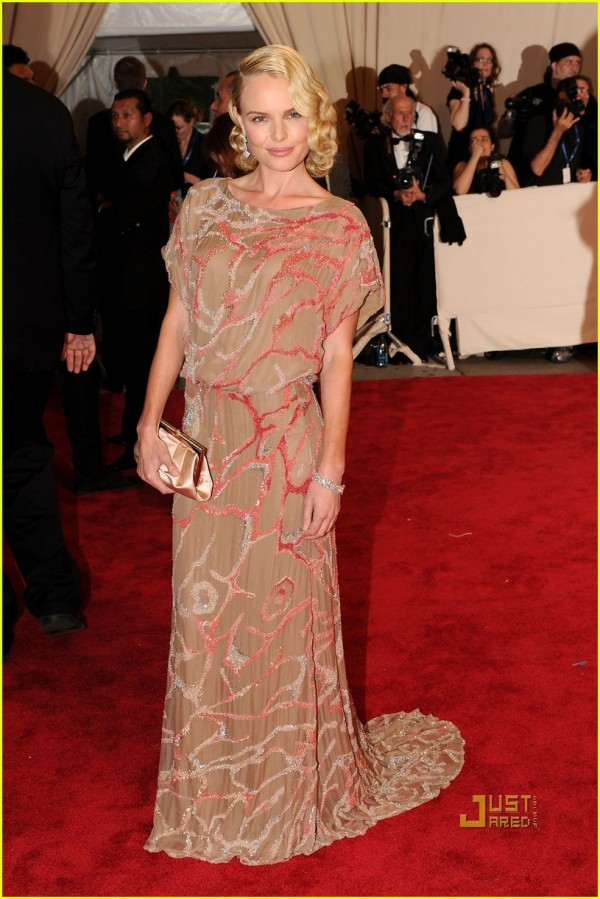 kate bosworth actress met ball 2010 valentino couture dress