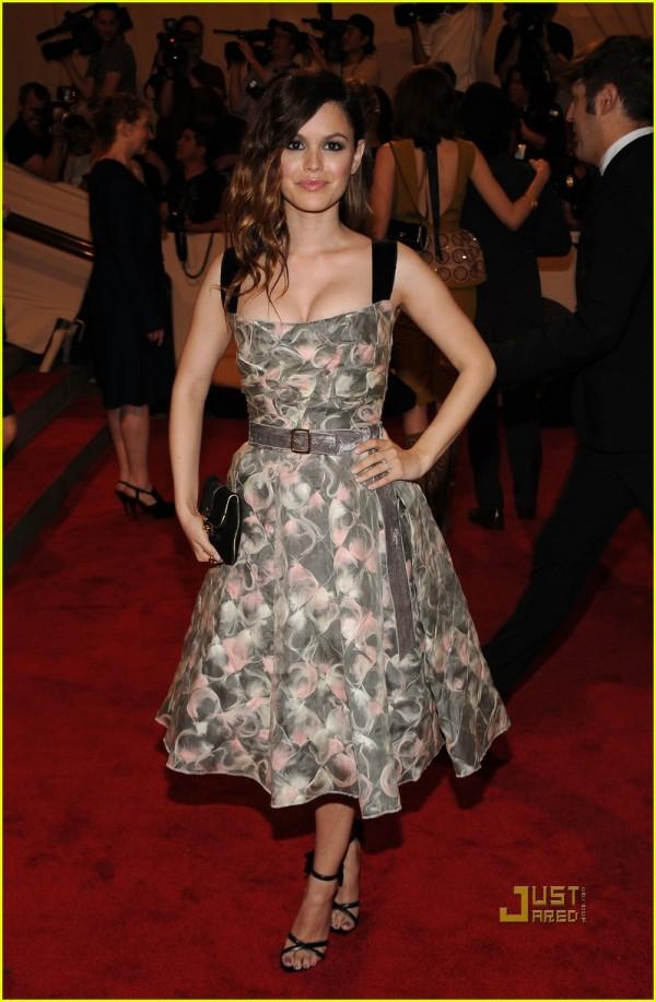 rachel bilson actress met ball 2010 louis vuittton fall 2010 dress