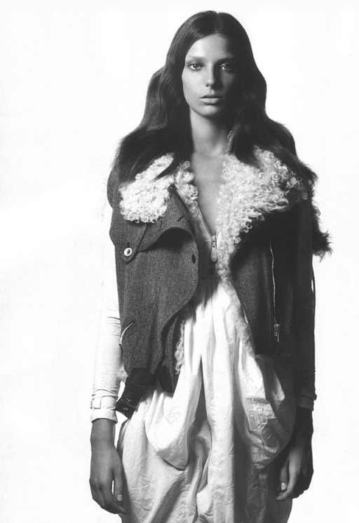daria werbowy model balenciaga shearling gilet topshop A/W 2010 fashion trends