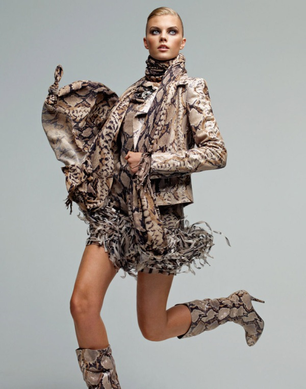 Blumarine Fall 2010 advertising Campaign model Maryna Linchuk by photographer Patrick Demarchelier, hey crazy blog