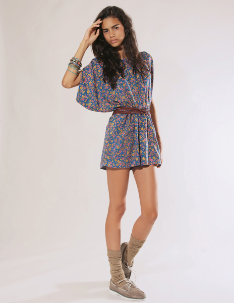 Liquorish ditsy floral romper with open batwing shoulder sleeves. pixie market hey crazy blog