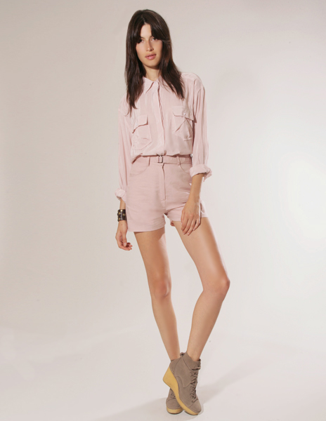 Pale pink silky button up blouse with rolled shirt collar and front patch pockets pixie market, hey crazy blog