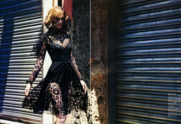 Raquel Zimmermann by Mario Sorrenti Vogue Nippon October 2010 black lace fashion trend winter 2010, fashion editorial, hey crazy blog