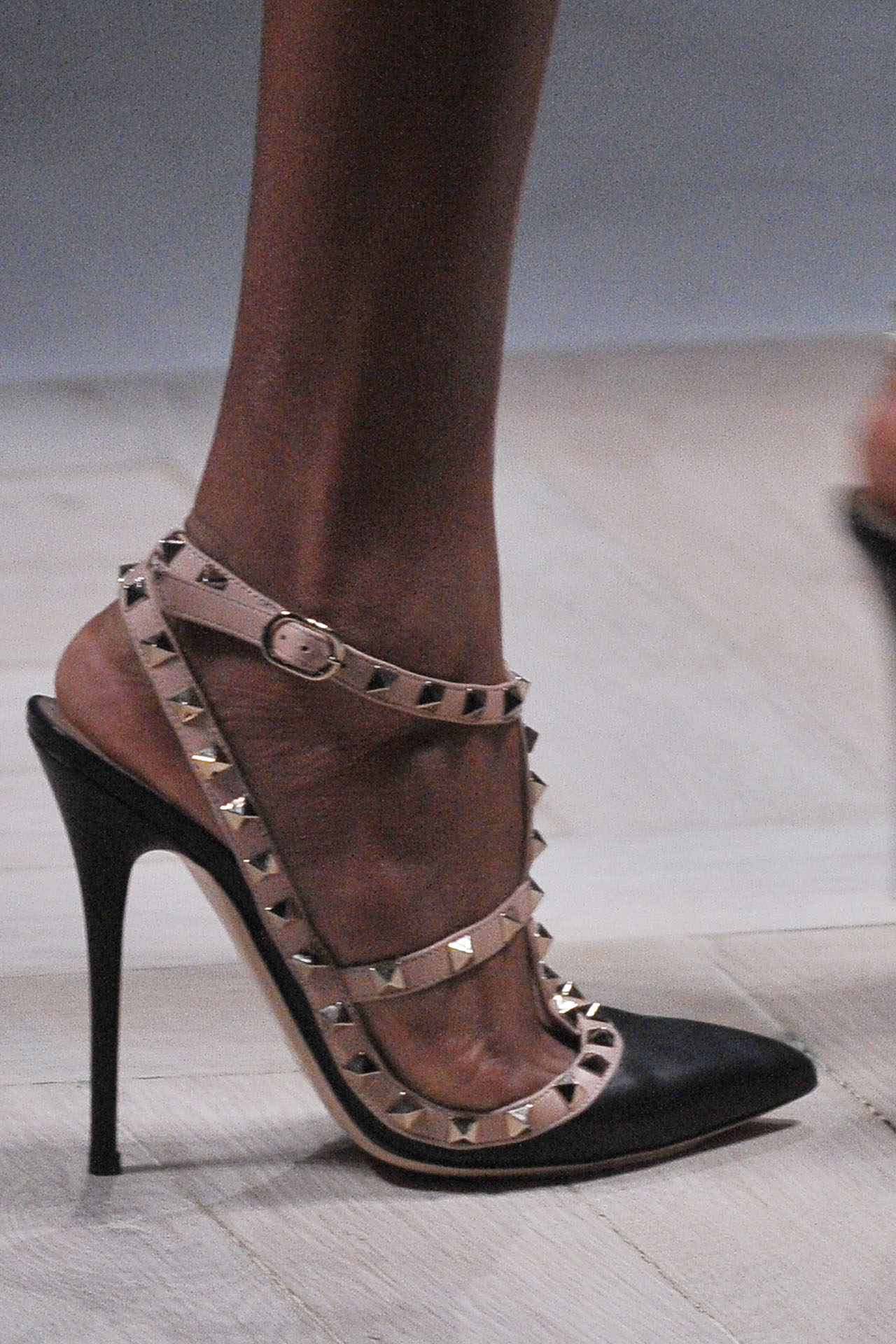 Find great deals on eBay for studded heels. Shop with confidence.