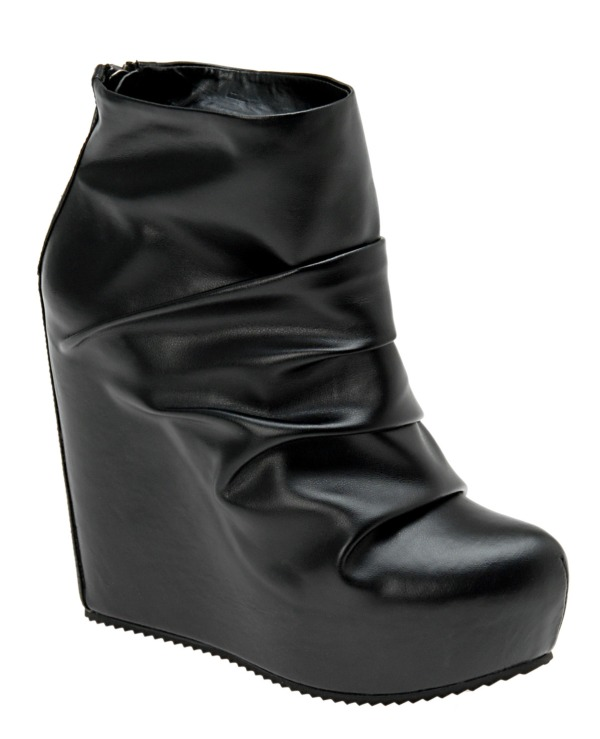 Aldo Winter 2010 Collection black verdone boots