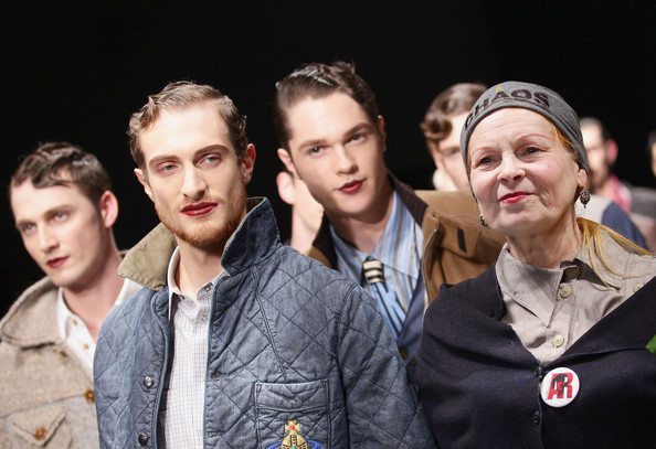 Vivienne Westwood Fal/Winter 2011 Collection, men in lipstick, men in makeup,
