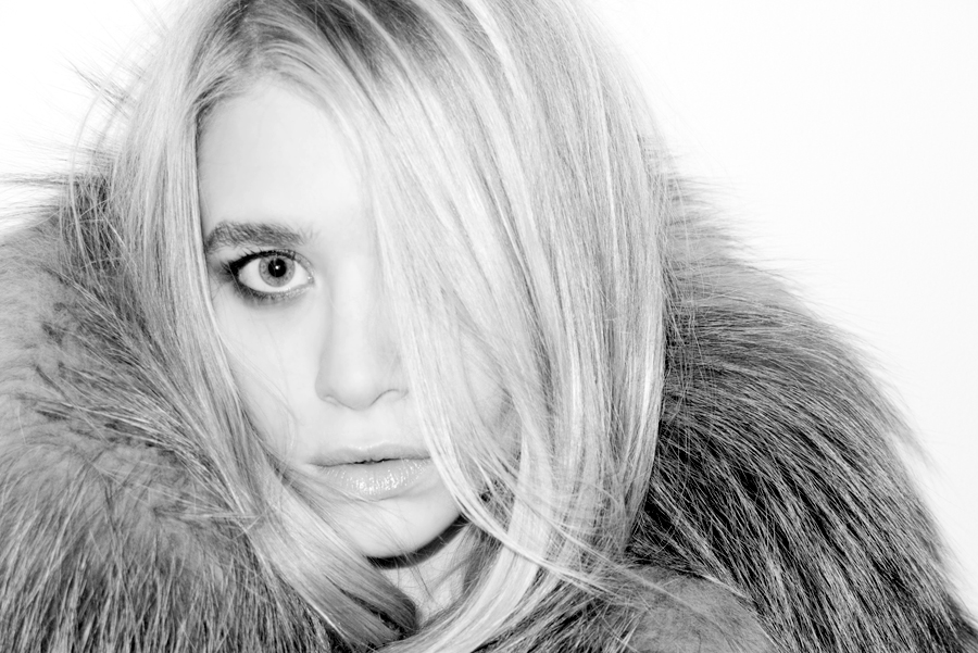 mary kate olsen 2011. Ashley amp; Mary Kate Olsen by