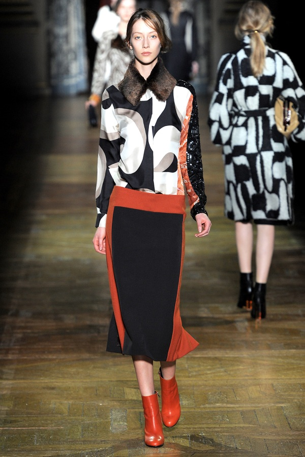Dries Van Noten Fall/Winter 2011-12 fashion collection