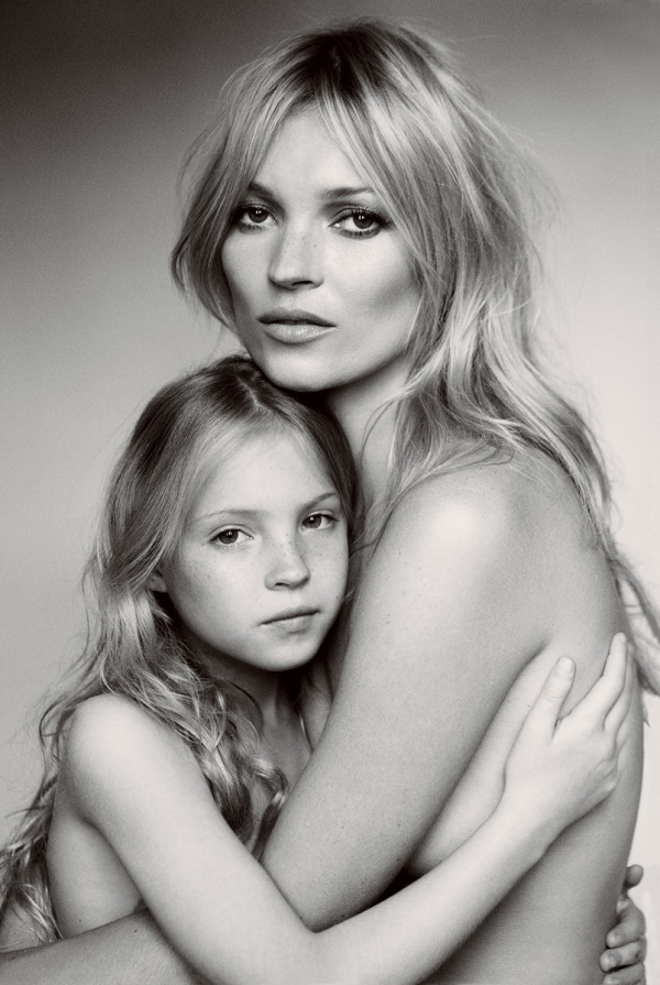Kate Moss and Lila Grace by Mario Testino