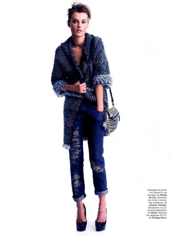 Aurelie Claudel by Juan Aldabaldetrecu styled by Barbara Garralda Elle Spain October 2011