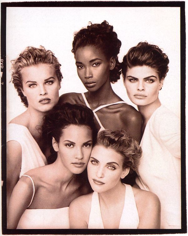 UK Vogue January 1992 cover, fashion models  Eva Herzigova, Beverly Peele, Petra Lindblad, Claudia Mason & Nadja Auermann by photographer Peter Lindbergh