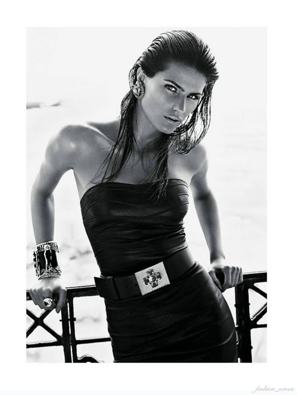 Isabeli Fontana by Mario Sorrenti styled by Emmanuelle Alt Vogue Paris October 2011