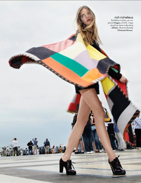Chloe Wool cape Winter 2011-12 collection, look 15