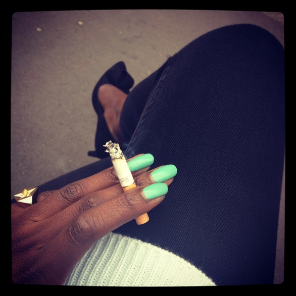 pied de terr black court shoes, topshop black skinny jeans, topshop jumper, barry m nail paint in mint green, gold marlboro original cigarettes, shaun leane bound collection star ring
