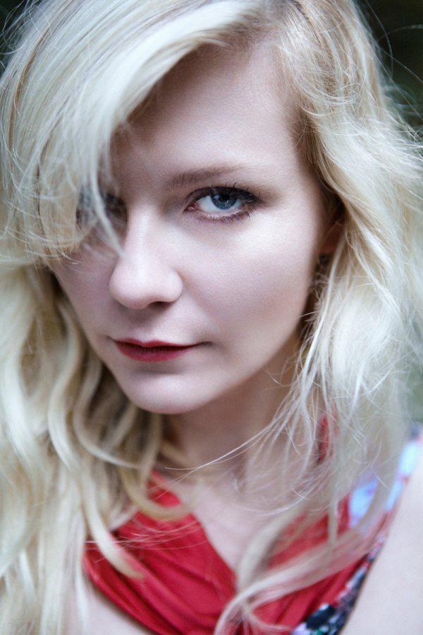 Kirsten Dunst by Yelena Yemchuk Vogue Italia February 2012