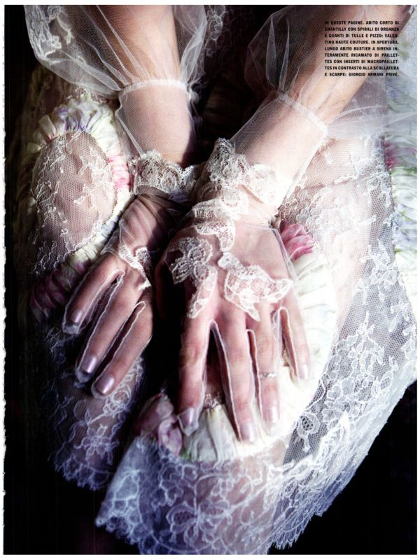 GLEAMING MERMAID Photographed by Ellen Von Unwerth Vogue Italia March 2012 (Couture Supplement)