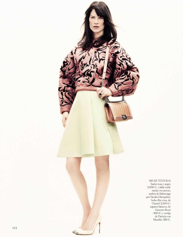 La Chica De Rosa Vogue Spain August 2012 : Photographer: Jason Kibbler Model: Querelle Jansen